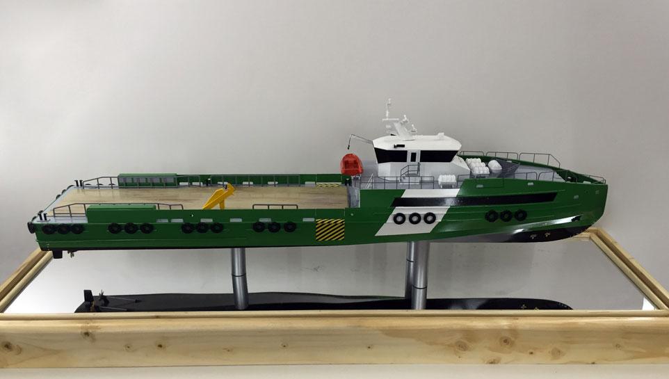 Scale model -  Ship - Crew boat